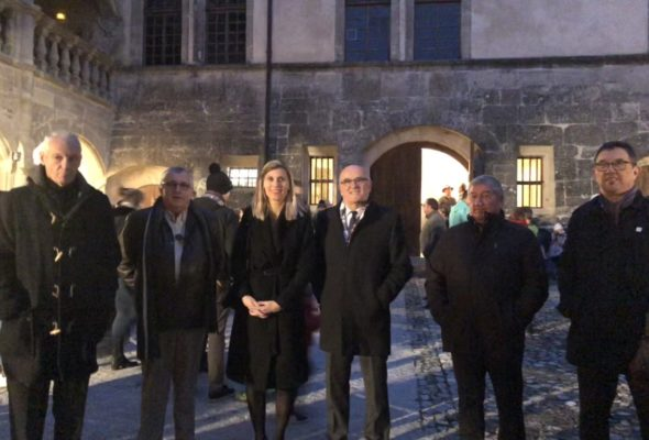 Clermont-en-Genevois / Illumination du château par l'association Les Lutins du Château