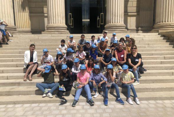 Visite du Palais Bourbon par les élèves de CM1 de l'école Saint Vincent de Collonges-sous-Salève