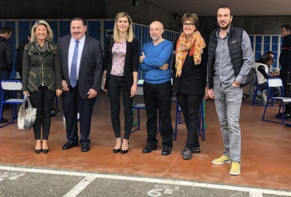 Frangy / forum des métiers au collège du Val des Usses