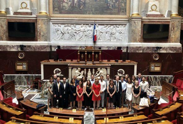 Avec mon collègue Alexandre Holroyd, nous avons reçu à l'Assemblée nationale les Franco-British Young Leaders 🇫🇷🇬🇧