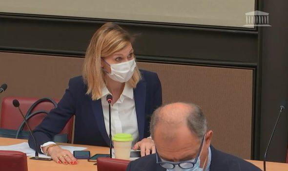 🏛 💻📱Oratrice du groupe Les Républicains sur la proposition de loi visant à réduire l'empreinte environnementale du numérique en France.